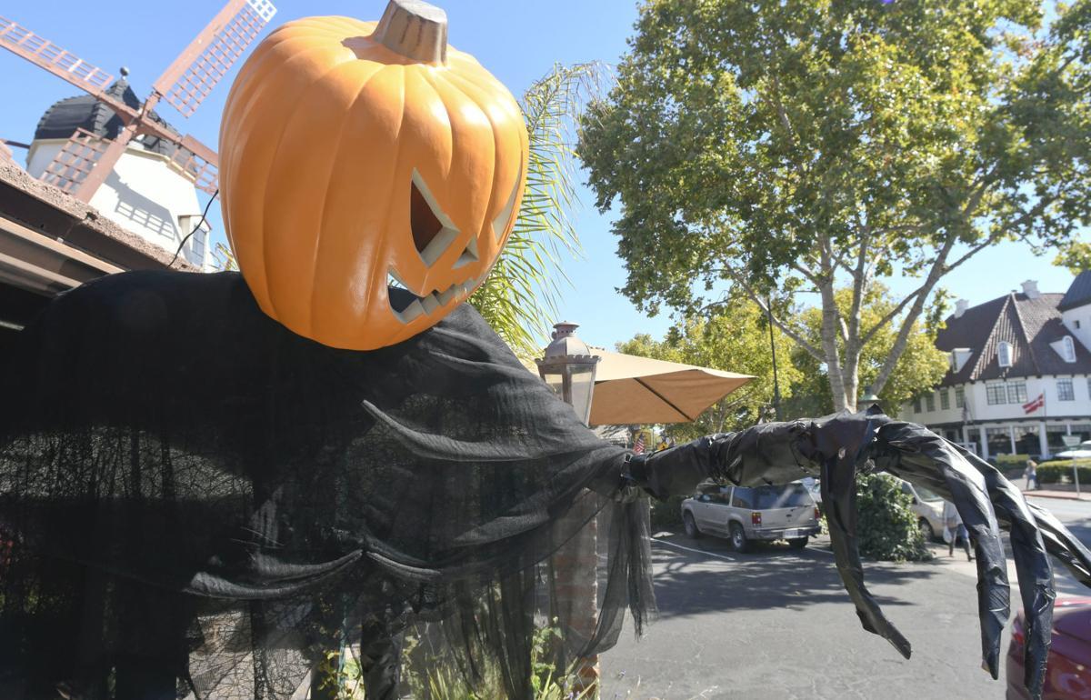 101519 SYV Scarecrow Fest 01.jpg