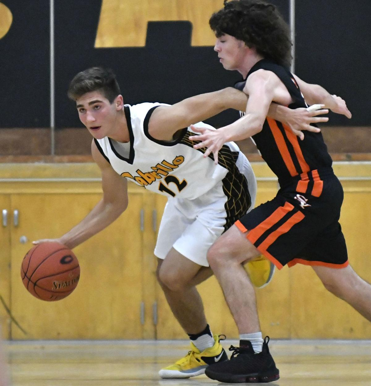 121818 SY CHS boys basketball 12.jpg