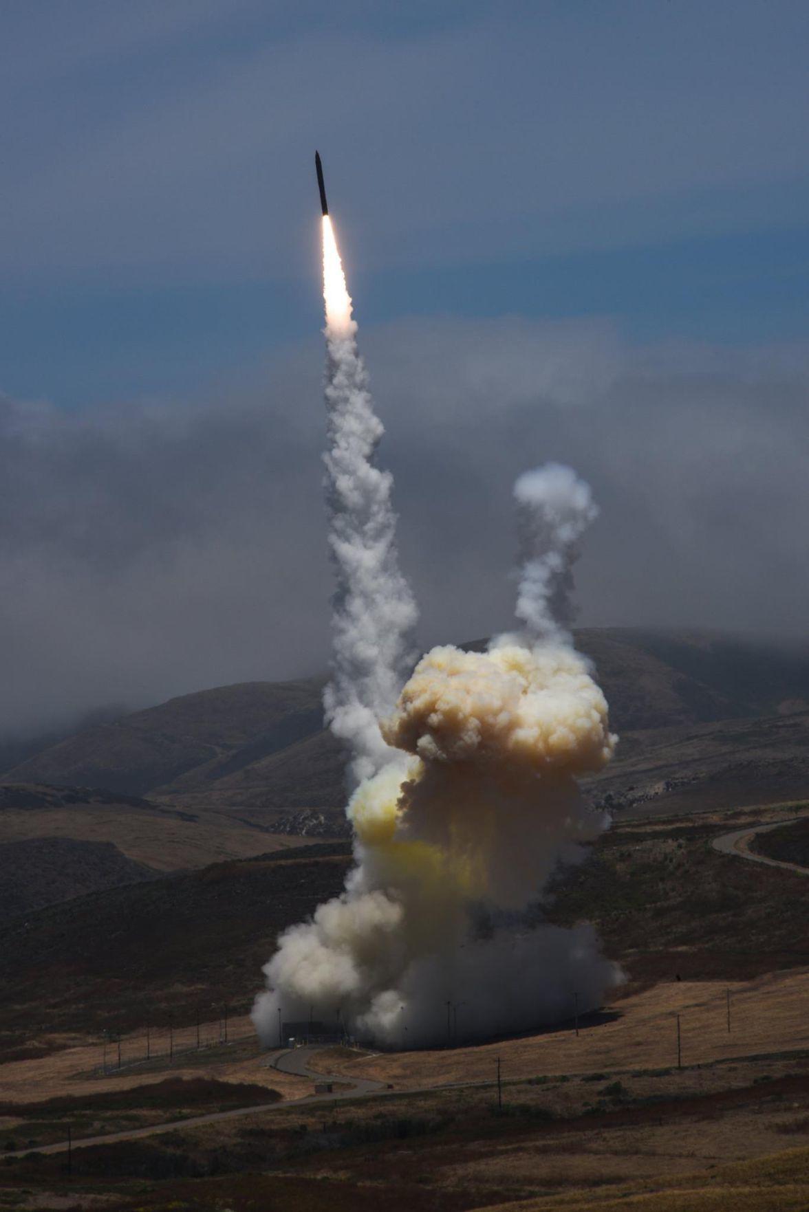 VAFB Interceptor launch