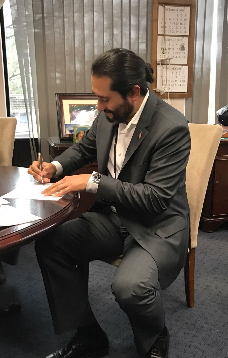 Kenneth Kahn signs Camp 4 fee-to-trust deed