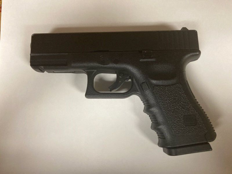 090321 handgun.jpg