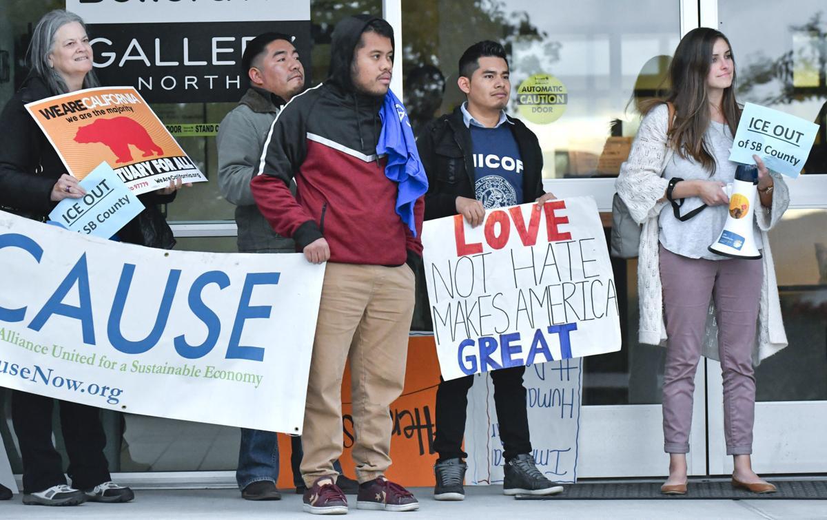 120418 ICE protest 02.jpg