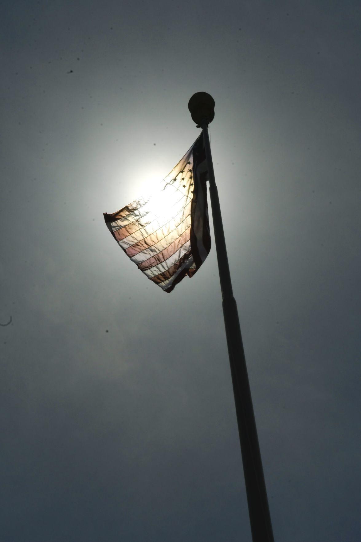 060120 SM protest flag 02.jpg