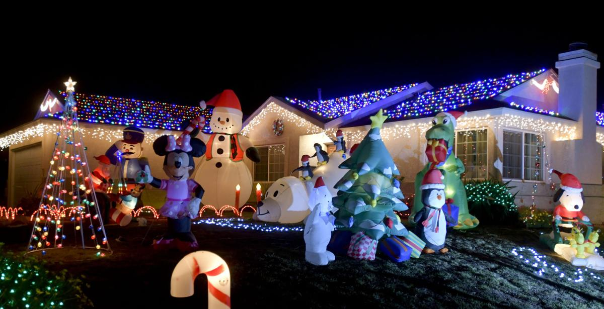 121317 Lompoc lights02.jpg