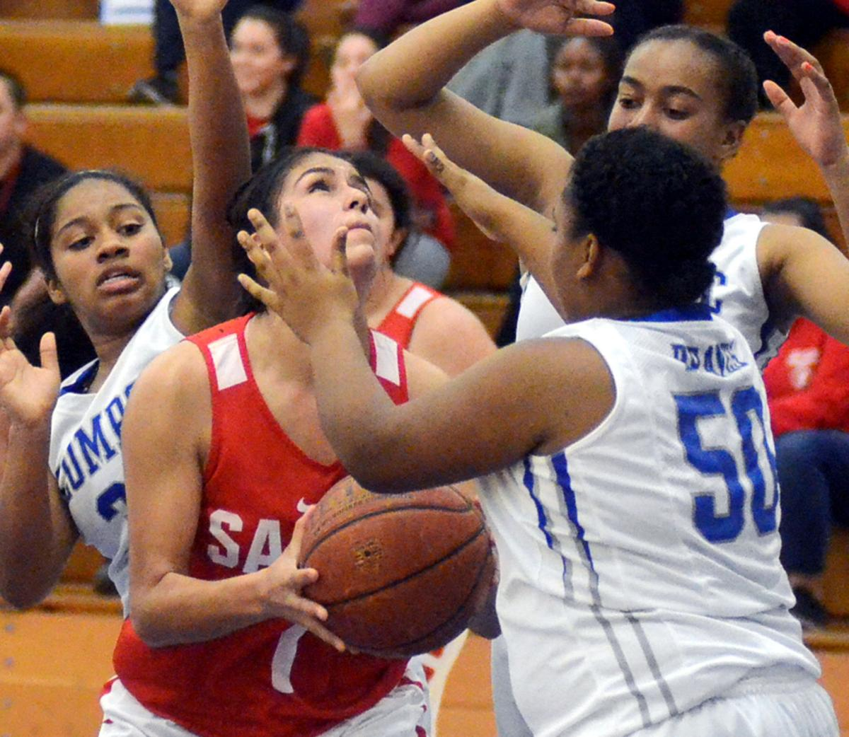 Lompoc-SMH_Girls Basketball 01.jpg