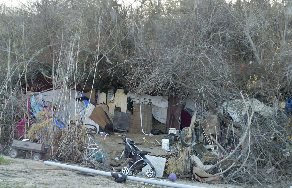 020818 Lompoc homeless 01.jpg