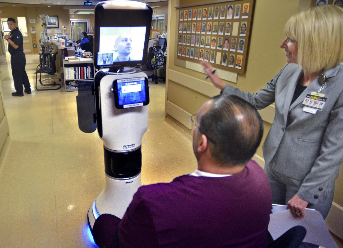 040716 LVMC robot 01.jpg