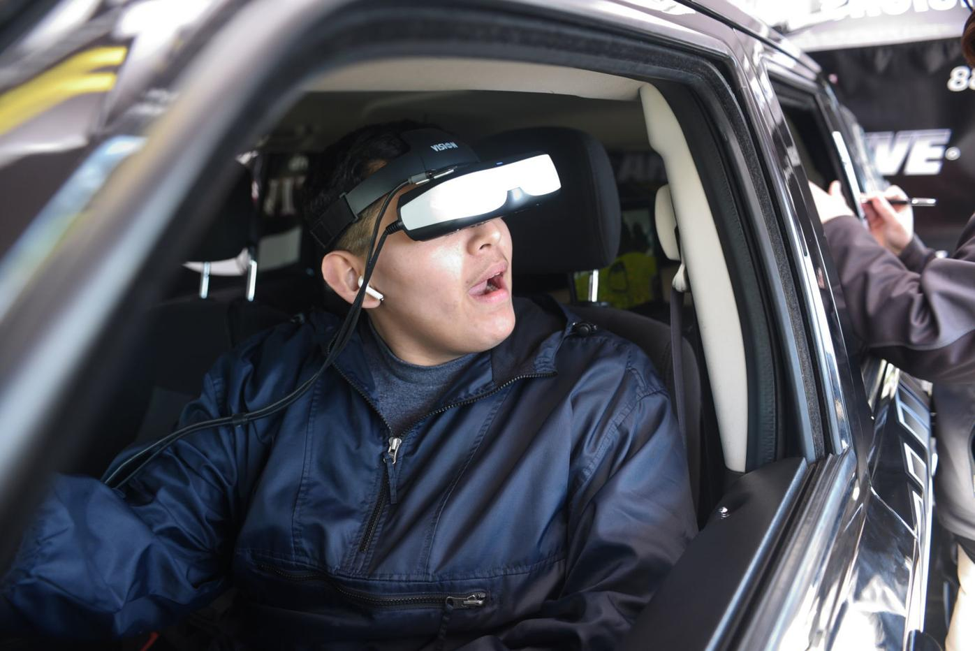 Drunk, drugged or distracted: Orcutt Academy students try to 'Arrive Alive' in educational driving simulator