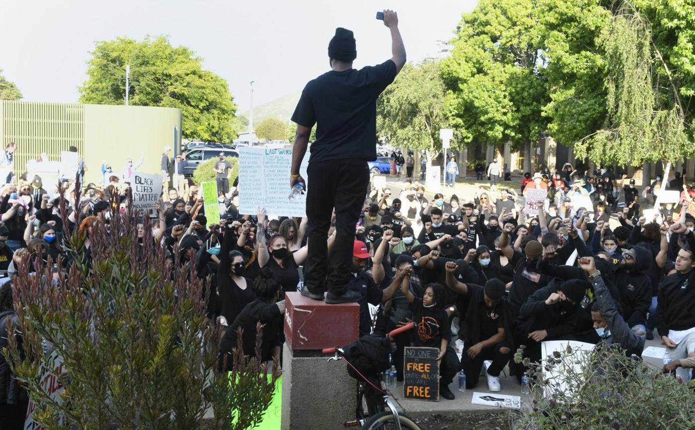 060220 Floyd protest in Lompoc 28.jpg