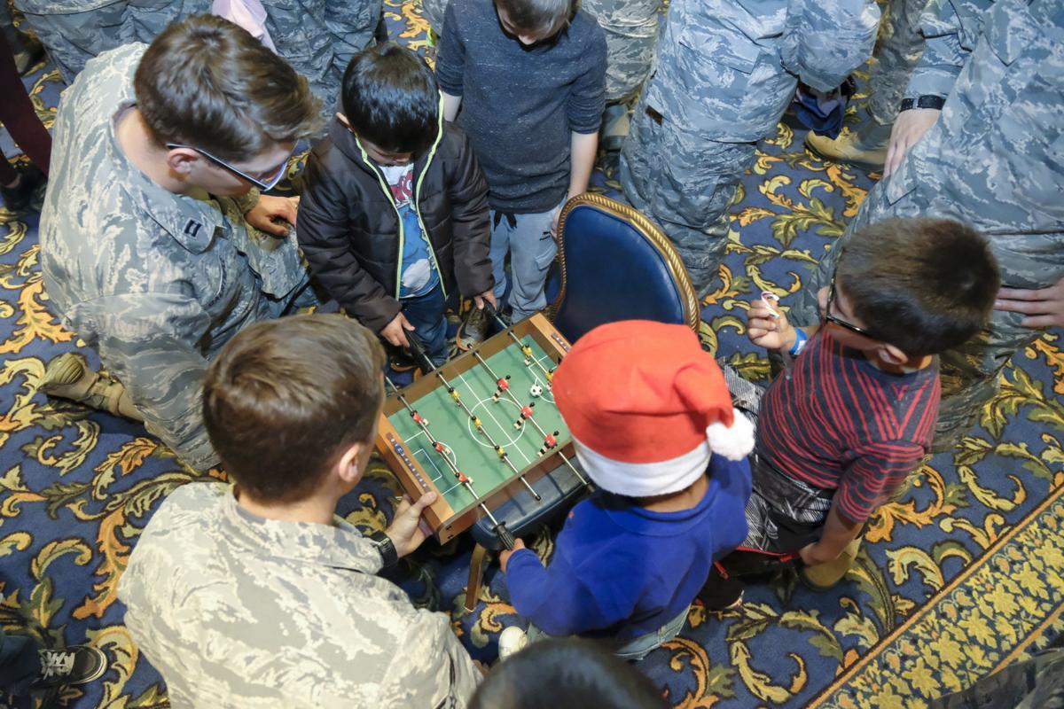 120217 Operation Kids Christmas 09.jpg