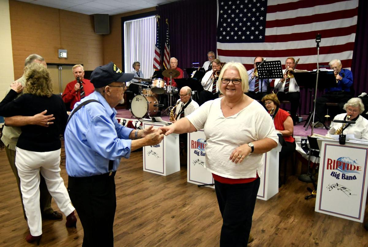 111117 Lompoc Veterans Day 01.jpg