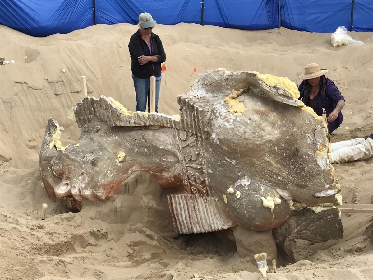 110317 Guad Dunes sphinx 01.jpg