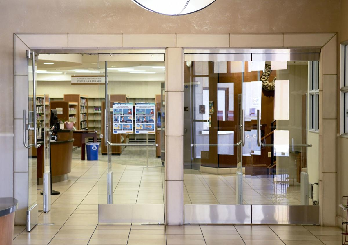 060920 Santa Maria Library closed 01.jpg