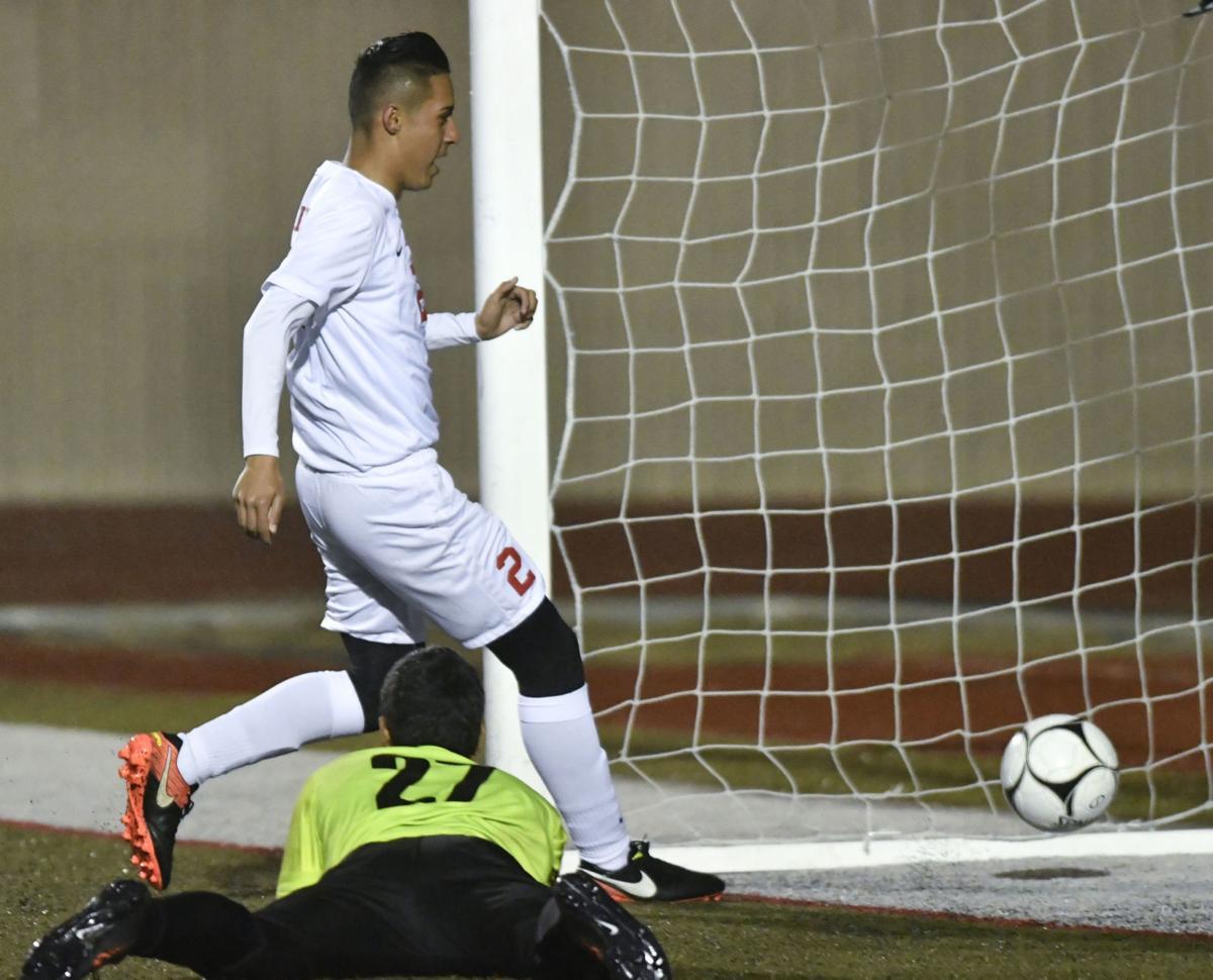 020717 SY SM b soccer 01.jpg