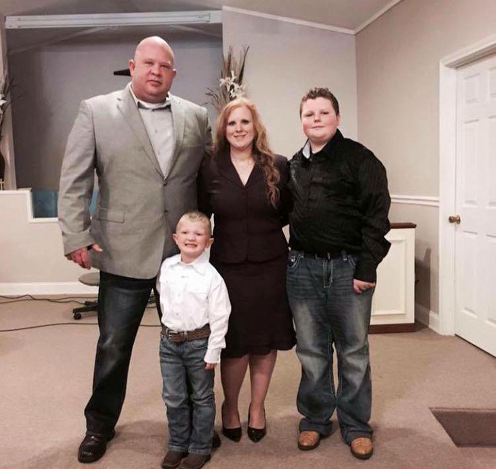 Johnvaughnfamily_n.jpg
