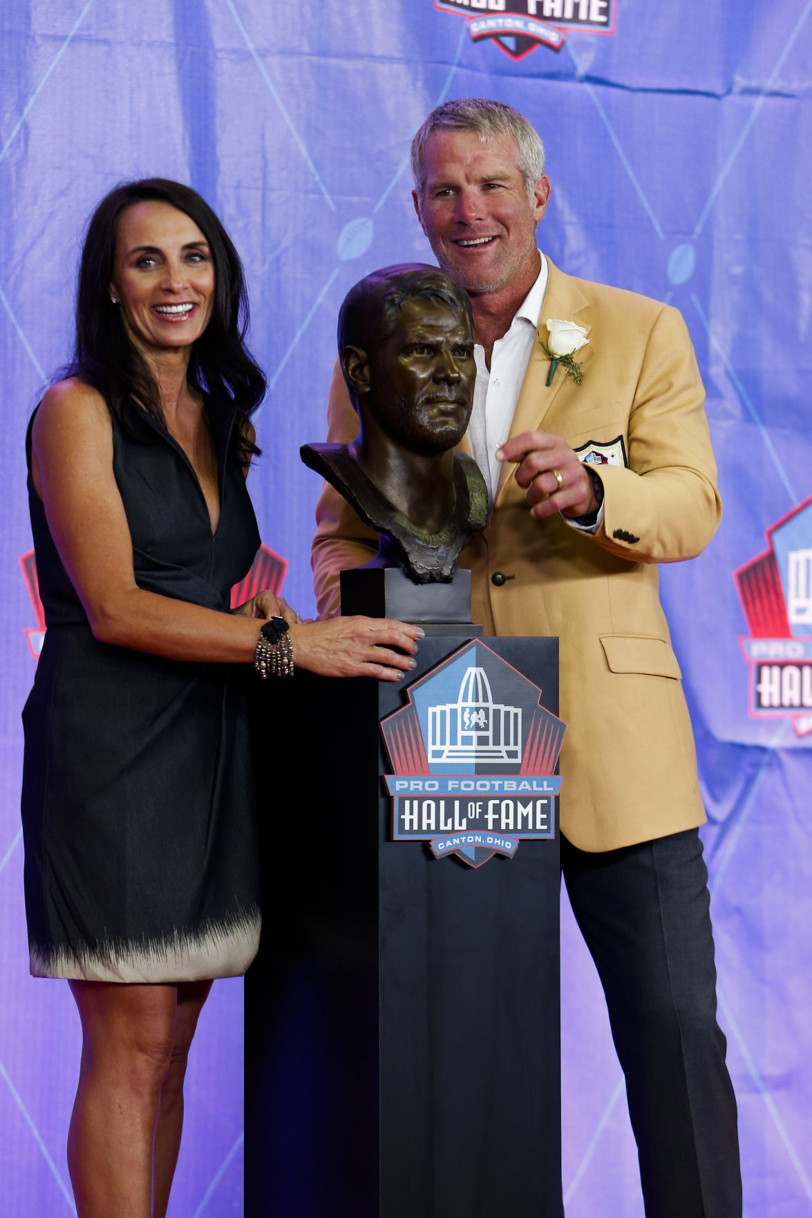 Favre's spot in Hall of Fame all about his father