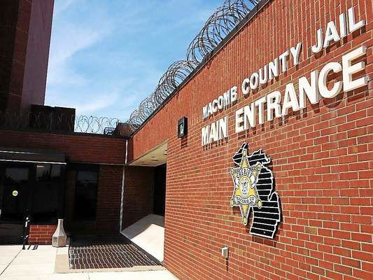 One Macomb County Jail inmate dies after snorting medicine