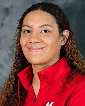 UW women's basketball mug 1-17