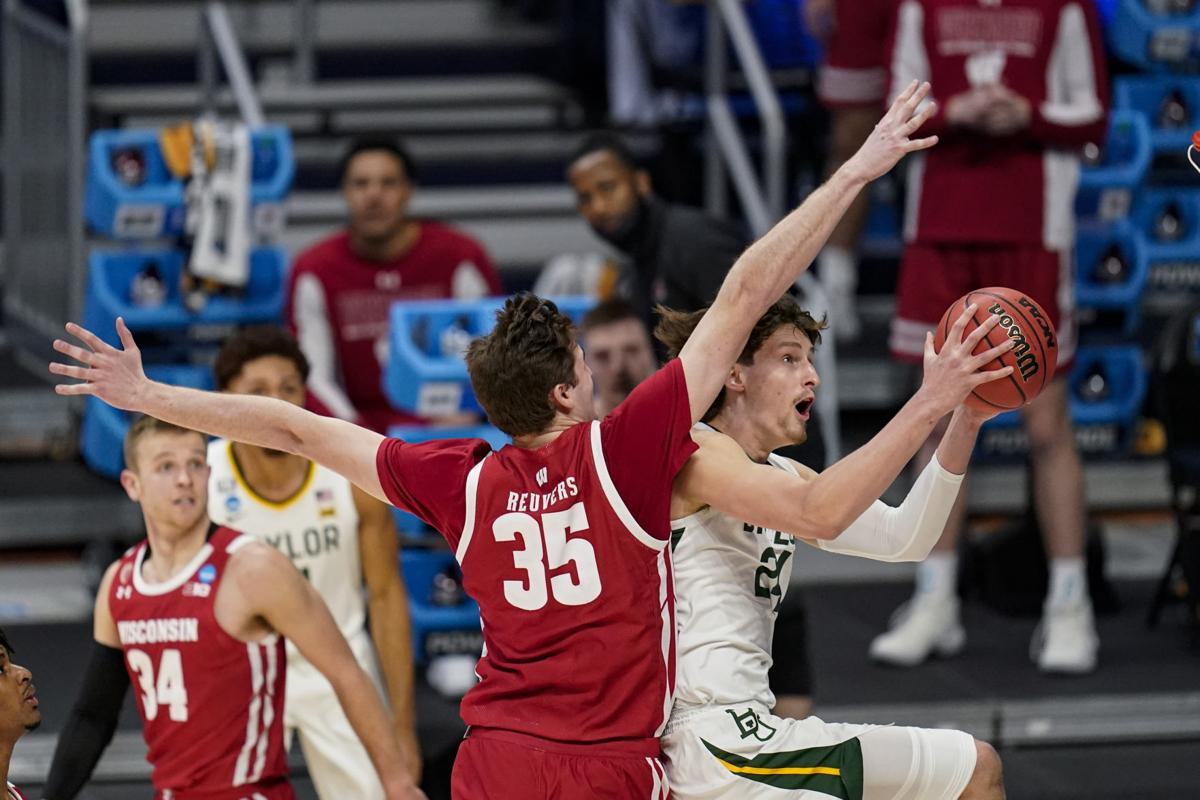 End of the line: Badgers unable to pull off upset as No. 1 Baylor Bears  hang on in hard-fought battle | Wisconsin Badgers Men's Basketball |  madison.com