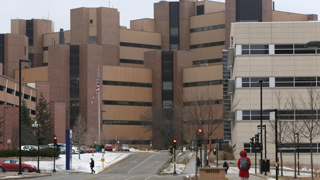 El Hospital de la UW ahora tiene 11 casos de enfermedad de legionarios | Noticias locales