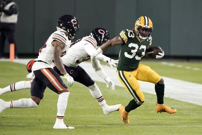Aaron Jones - Bears Packers