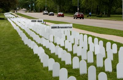 Veterans For Peace Memorial Mile >> Dave Zweifel S Madison Vets For Peace Ceremony Memorial Day All