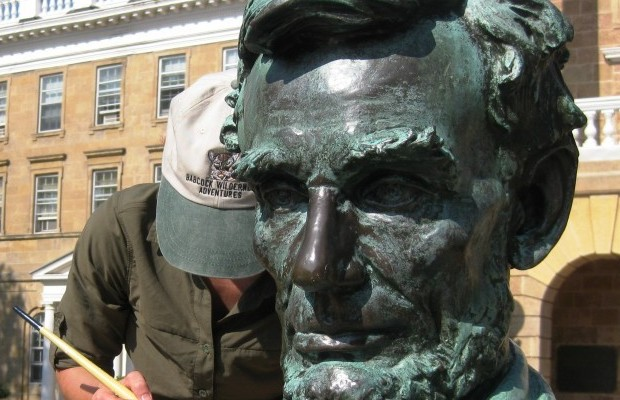 Abe Lincoln statue cleaning