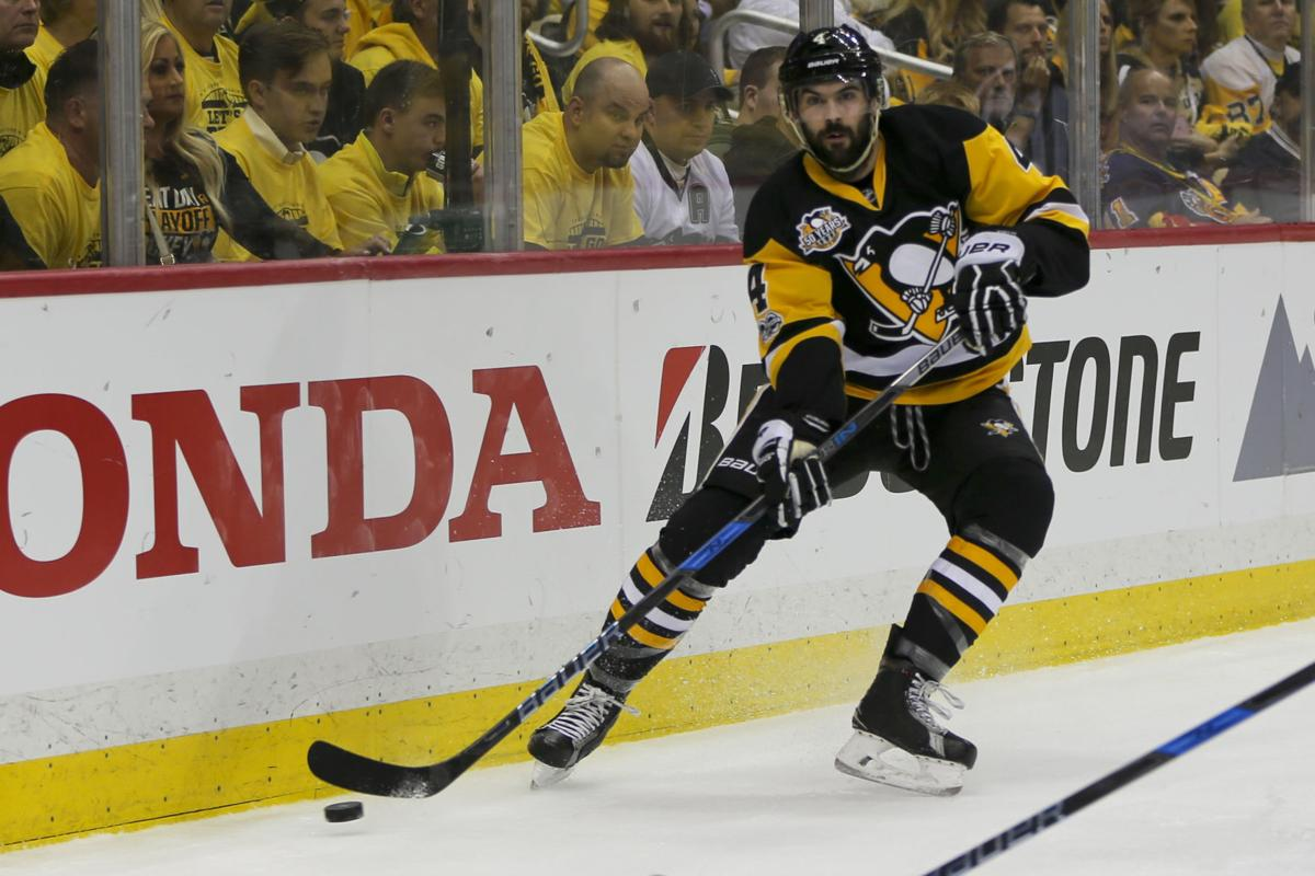 pretty nice 9ed7b b8e57 NHL: Former Badger Justin Schultz a key in Penguins' drive ...