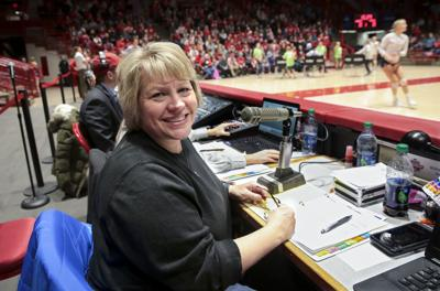 Madison Native And Uw Grad Who Was >> Know Your Madisonian A Woman S Voice For Uw Women S Sports Local