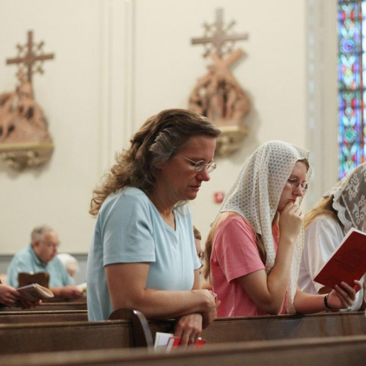 Growing number of Catholics push for return to Latin Mass | Local