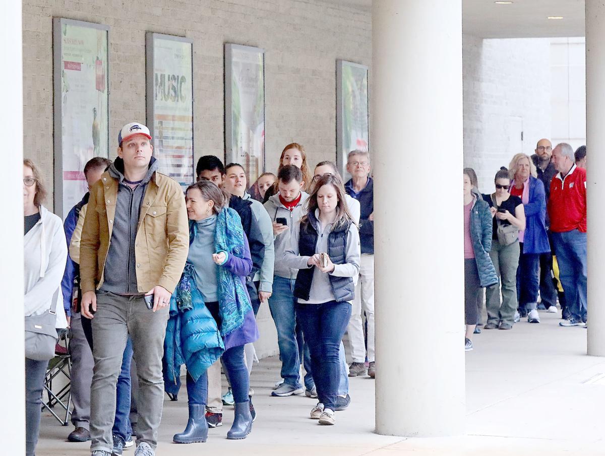 Hamilton ticket line