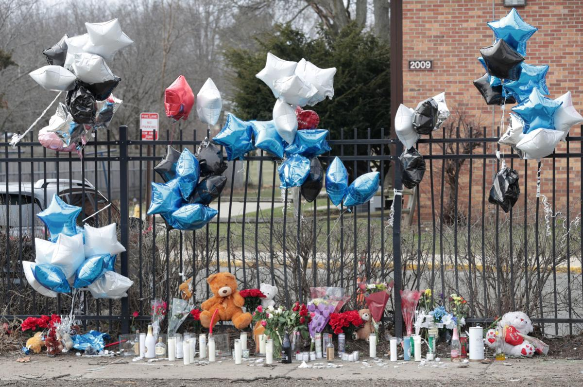 4 killed crash memorial, State Journal photo 1