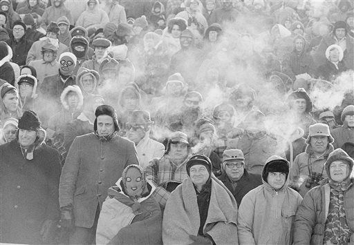Colds fans at Ice Bowl, AP file photo