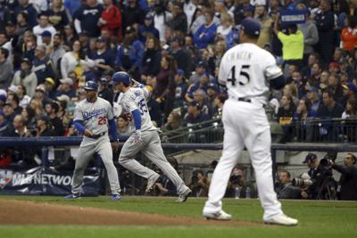 Cody Bellinger home run