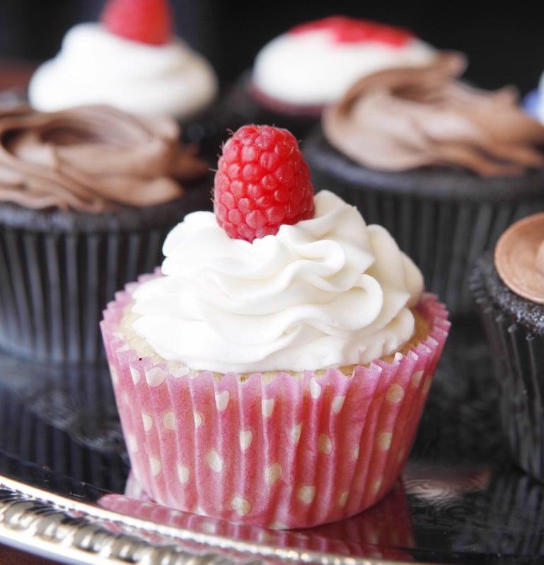 Nikki Burns, gluten-free cupcakes