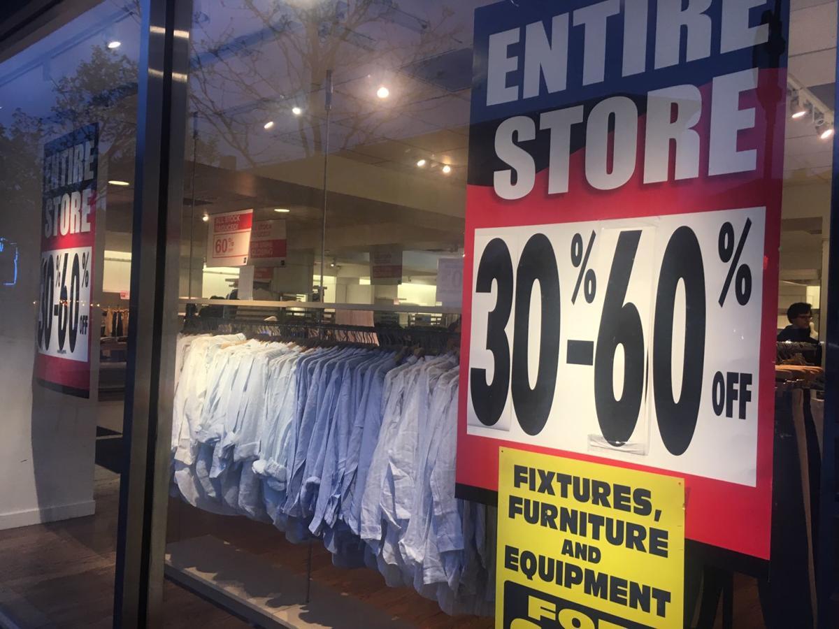Gap store closing on State Street