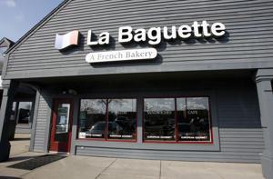 No. 7 — LA BAGUETTE