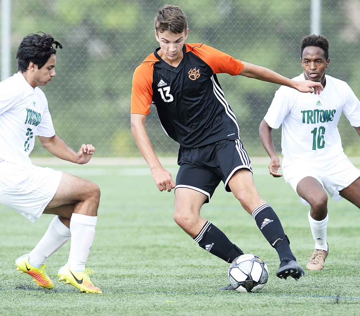 WIAA boys soccer preview: Verona, McFarland draw top seedings in their  divisions | High School Soccer | madison.com