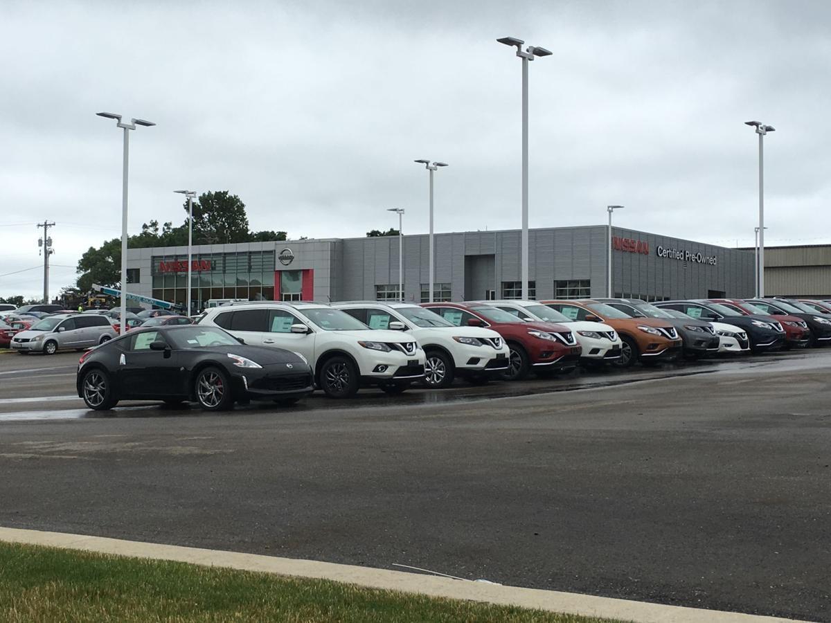 Kayser Nissan Service >> Kayser Automotive Sells Nissan Brand To Rosen Of Milwaukee