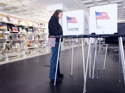 Early Voting UW-GB