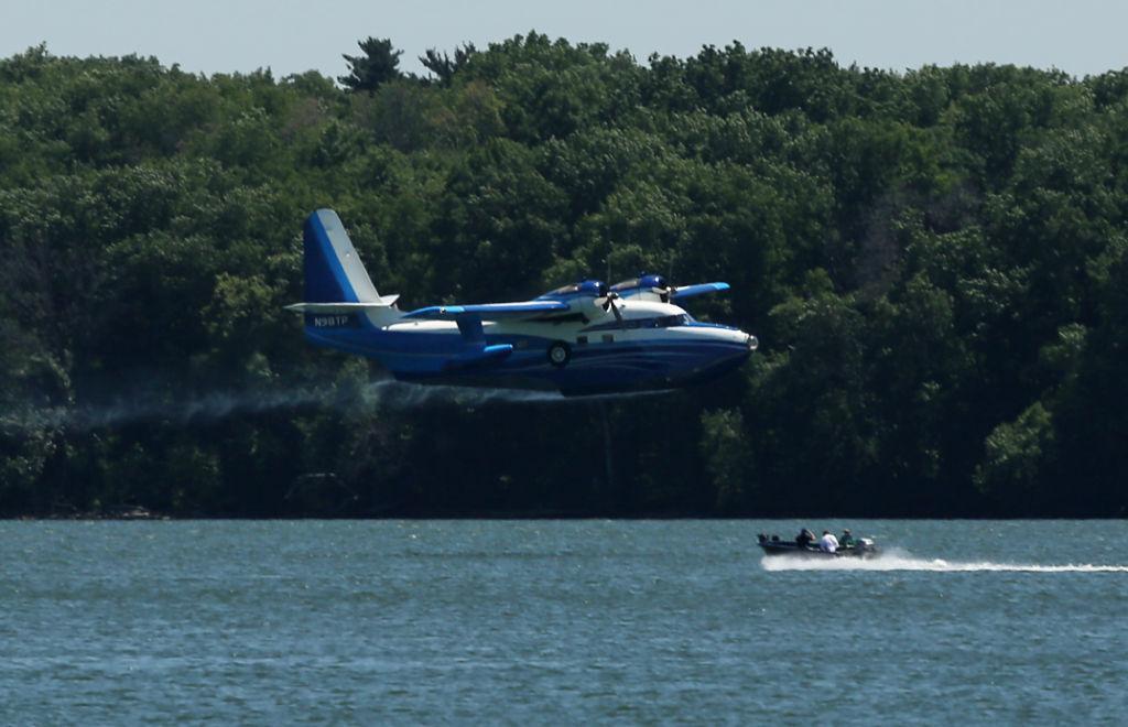 Luxury seaplane turns heads with pit stops on lakes Mendota, Monona