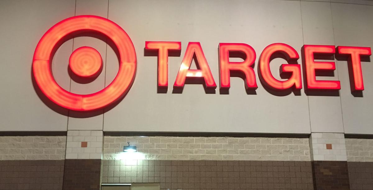 Thanksgiving shopping 2016, shoppers outside Target, State Journal photo