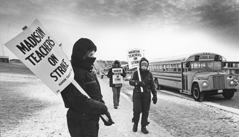 Madison teachers strike 1976 picketing 1