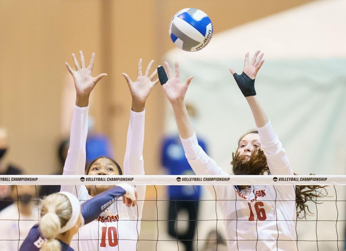 UW volleyball cover image 4-17