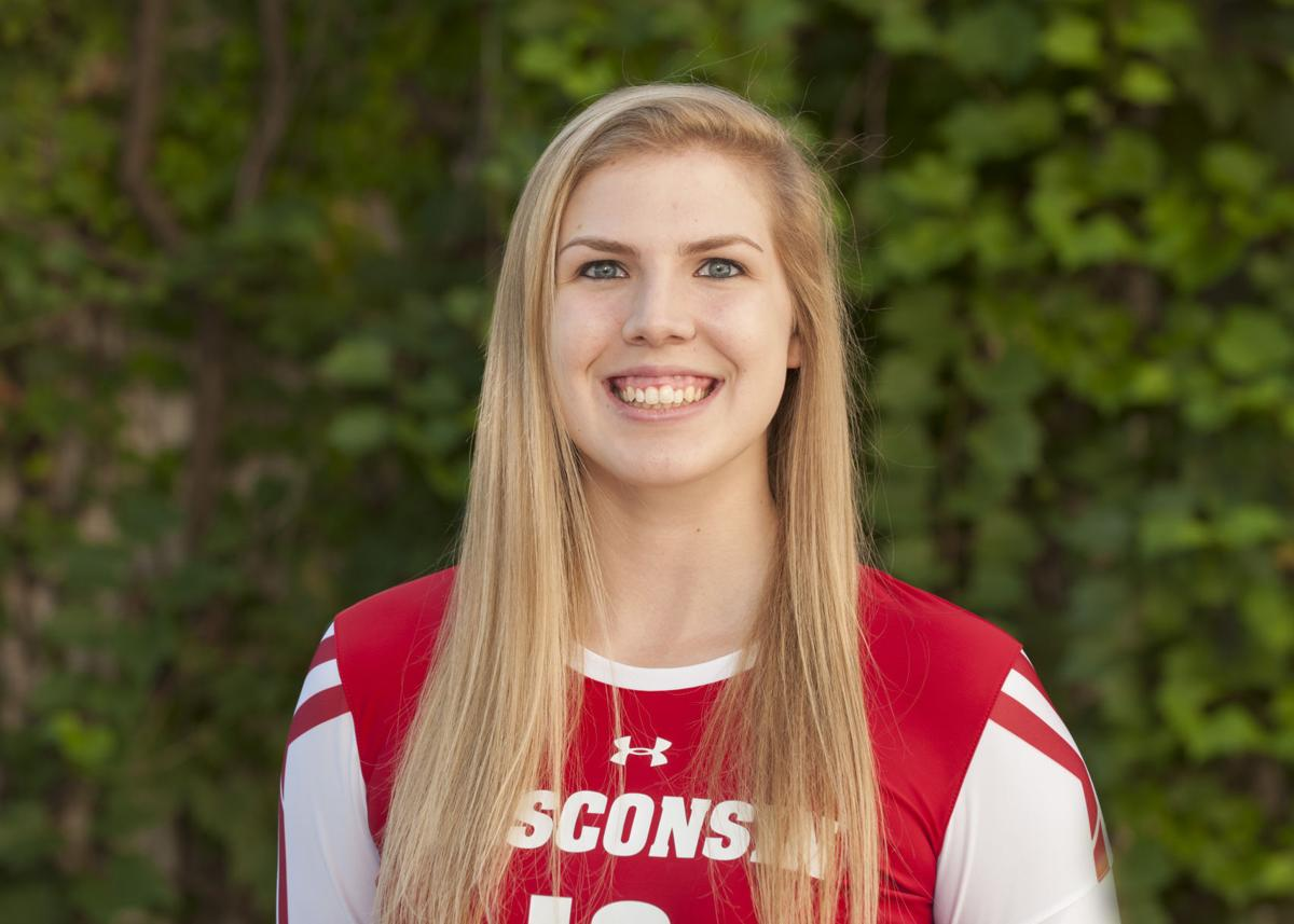 Badgers volleyball: Wisconsin middle blocker Julia Saunders leaves ...