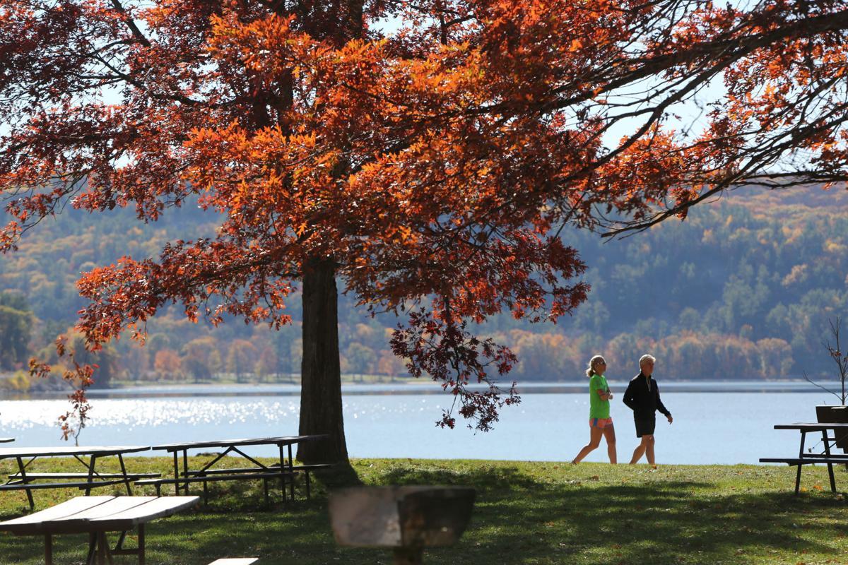 Autumn Colors In Vilas Park Lagoon >> Autumn Splendor Some Of Our Best Fall Color Photos Local News