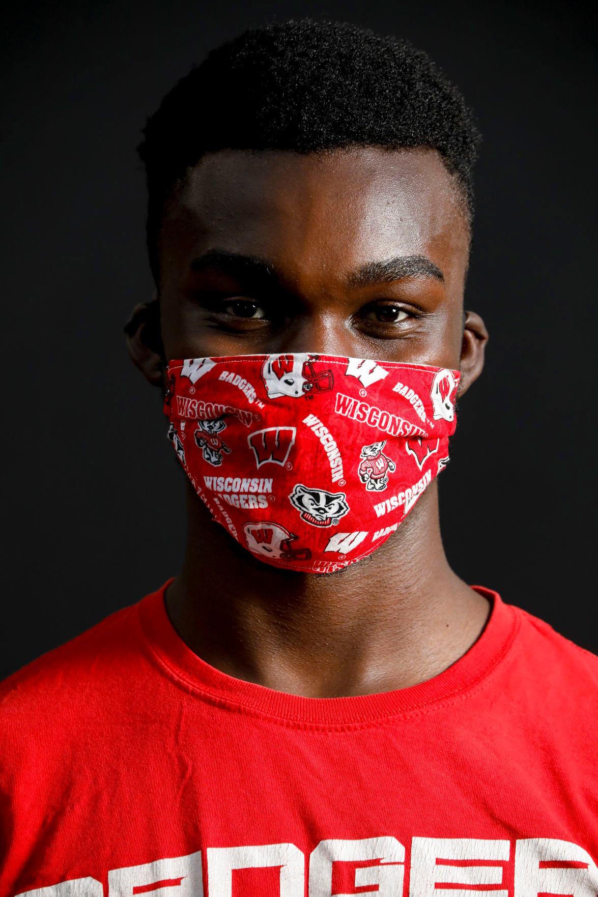 UW Masks 070820 05-07092020132334