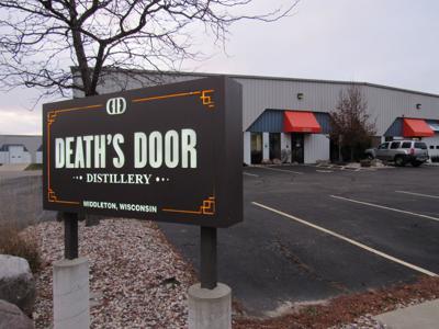 122418-wsj-news-deaths-door-bid-1