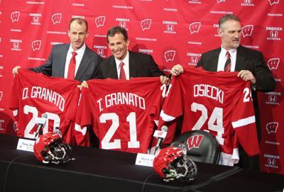 UW hockey coaches photo