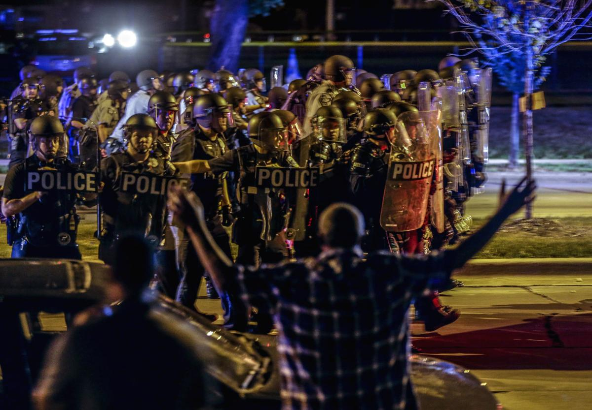 Russia-linked accounts fanned Milwaukee riots, AP photo